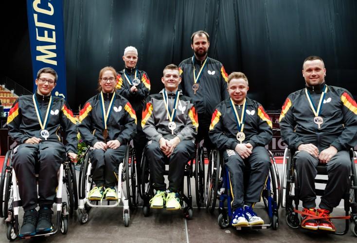 OSP-Athletin Sandra Mikolaschek (2. von links) gewinnt Bronze im Einzel