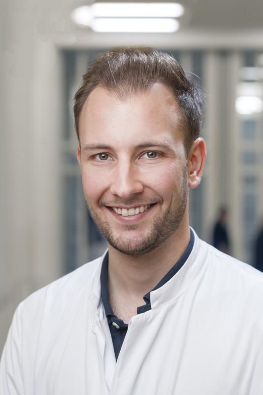 Portrait Dr. med. Felix Reinecke