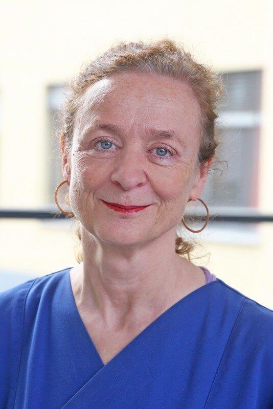 Portrait Dr. med. Brigitte Bathgate