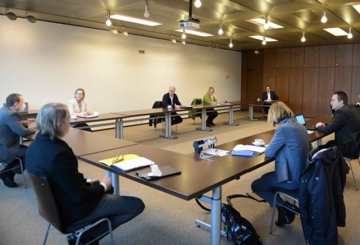Oberbürgermeister Thomas Kufen hat den Vorstand des Trägervereins Olympiastützpunkt Rhein-Ruhr e.V. im Essener Rathaus empfangen (Bild: © Elke Brochhagen, Stadt Essen)